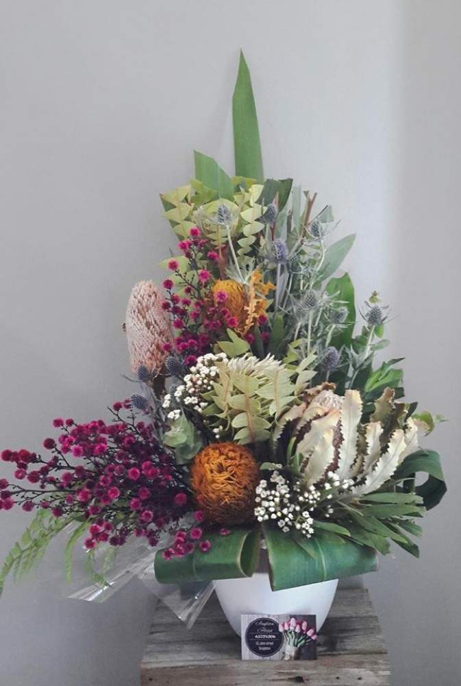 Large Bush Smoke Arrangement